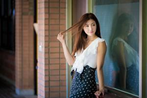 Photo Asian Bokeh Posing Reflected Brown haired Girls