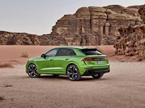 Fotos Audi Grün Seitlich Crossover 2020 RS Q8 Autos