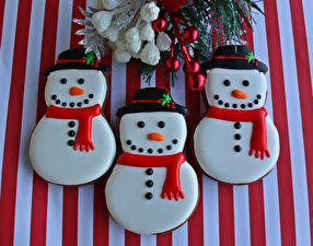 Bilder Neujahr Kekse Schneemänner Drei 3 Lebensmittel