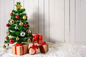 Hintergrundbilder Neujahr Geschenke Schachtel Weihnachtsbaum Kugeln