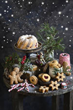 Picture New year Baking Pound Cake Cookies Lollipop Berry Still-life Design