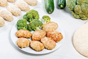 Papel de Parede Desktop Frikadeller Brócolos Prato Alimentos