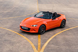 Fotos Mazda Orange Metallisch Cabrio 2019 MX-5 30th Anniversary Worldwide automobil