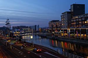 Fotos & Bilder Niederlande Haus Brücken Wege Abend Kanal Alkmaar Städte
