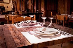 Bilder Tischtermine Tisch Restaurant Weinglas Teller Gabel