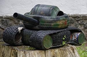 Image Tank Creative Tire