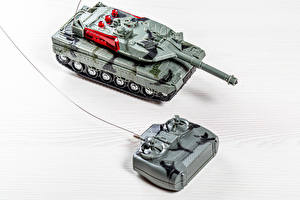 Picture Toys Tanks