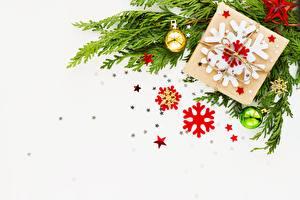 Fotos Neujahr Ast Kleine Sterne Schneeflocken Schachtel Vorlage Grußkarte
