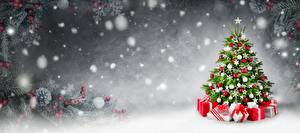 Pictures New year Christmas tree Gifts Snow
