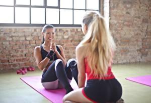 Hintergrundbilder Fitness Asiatische 2 Blondine Lächeln Trainieren Schön Mädchens