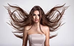 Hintergrundbilder Haar Braune Haare Model Niedlich Starren