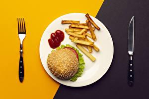 Fotos Messer Burger Fritten Fast food Teller Essgabel Ketchup das Essen