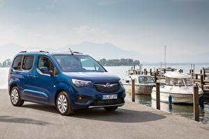 Pictures Opel Minivan Blue Metallic 2018-19 Combo Life