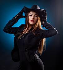 Hintergrundbilder Posiert Jacke Handschuh Der Hut Haar Braune Haare junge frau