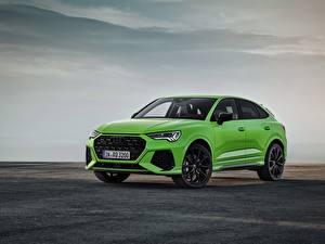 Hintergrundbilder Audi Grün Metallisch Softroader Sportback, 2020, RS Q3 auto