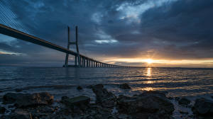 Tapety na pulpit Most Pejzaż Portugalia Zatoki Miasto Lisbon, Puente Vasco da Gama