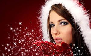 Hintergrundbilder Neujahr Braunhaarige Schnee Gesicht Starren junge frau