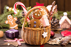 Picture Christmas Cookies Confectionery Wicker basket Bokeh Food