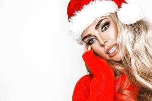 Desktop hintergrundbilder Neujahr Weißer hintergrund Blondine Blick Mütze Gesicht junge Frauen