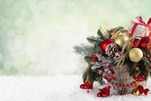 Hintergrundbilder Neujahr Weidenkorb Kugeln Ast Vorlage Grußkarte