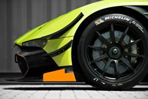 Bilder Großansicht Aston Martin Rad Autoreifen Seitlich MICHELIN, Vulcan AMR Pro 2017 Autos
