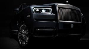 Fonds d'écran En gros plan Rolls-Royce Phare automobile 2018 Cullinan voiture