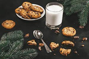 Fotos Milch Kekse Ast Trinkglas Löffel