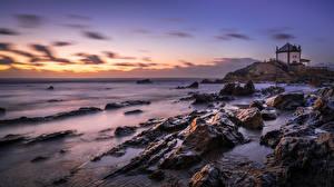 Hintergrundbilder Morgendämmerung und Sonnenuntergang Küste Steine Portugal Capela do Senhor da Pedra Natur