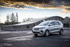Bilder Suzuki Ein Van Grau 2019 Ertiga GL Autos