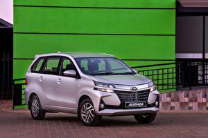 Bilder Toyota Ein Van Silber Farbe 2019 Avanza
