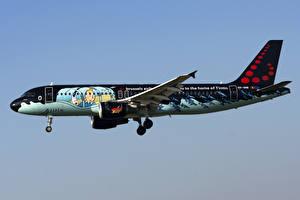 Fotos Flugzeuge Airbus Verkehrsflugzeug Seitlich A320-200, Brussels Airlines