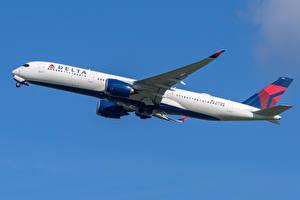 Bilder Flugzeuge Airbus Verkehrsflugzeug Seitlich A350-900 Delta Air Lines Luftfahrt