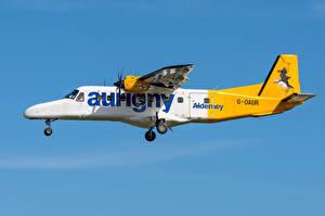 Fotos Flugzeuge Seitlich Flug Dornier Do 228, Aurigny Air Services