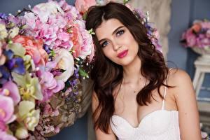 Hintergrundbilder Blumensträuße Braune Haare Blick Schöne Haar