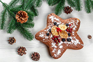 Wallpaper New year Cookies Berry Powdered sugar Branches Conifer cone Little stars Food