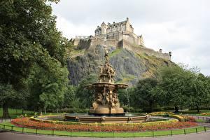 Bilder Edinburgh Schottland Burg Springbrunnen Skulpturen Edinburgh castle
