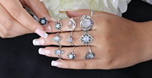 Fotos Finger Hautnah Viel Hand Schmuck Ring Maniküre