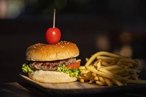 Picture Hamburger Finger chips Buns Rissole