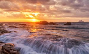 Bilder Japan Sonnenaufgänge und Sonnenuntergänge Wasserwelle Meer Hokkaido