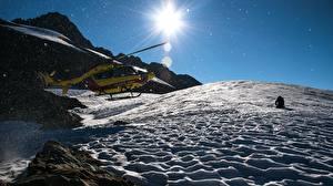 Sfondi desktop Montagna Elicottero Neve Il Sole
