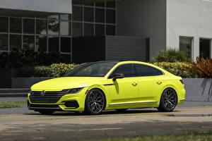Bilder Volkswagen Seitlich Gelb Metallisch Arteon R-Line Highlight Concept 2018 auto