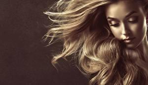 Fotos Haar Dunkelbraun Model Gesicht by Sofia Zhuravets