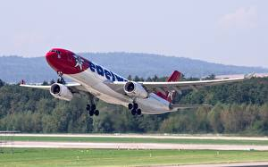 Fotos Airbus Flugzeuge Verkehrsflugzeug Abheben A330