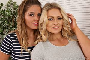 Bilder Amy S Only Siobhan Graves 2 Blondine Braune Haare Hand Starren junge frau