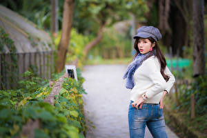 Wallpapers Asiatic Bokeh Pose Jeans Sweater Scarf Girls