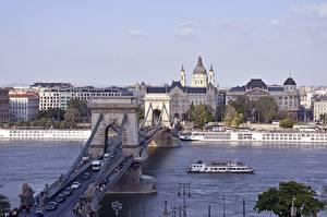 Tapety na pulpit Most Rzeka Statki rzeczne Budapeszt Węgry miasto