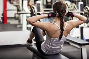 Hintergrundbilder Fitness Zopf Hand Rücken Unscharfer Hintergrund Körperliche Aktivität junge frau