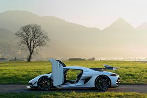 Bilder Koenigsegg Seitlich Weiß Offene Tür 2019 Jesko Autos