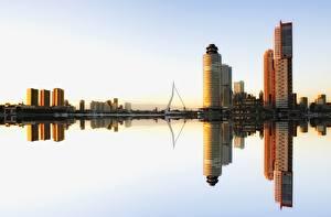 Hintergrundbilder Wolkenkratzer Rotterdam Niederlande Gebäude Reflexion Städte