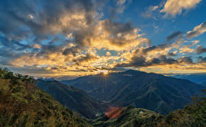 Fotos Taiwan Berg Himmel Morgendämmerung und Sonnenuntergang Landschaftsfotografie Wolke Laubmoose Lichtstrahl Natur